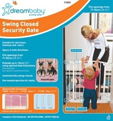 dreambaby wooden safety gate 2