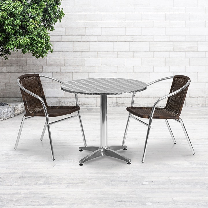 Round Aluminum Indoor Outdoor Table With 2 Rattan Chairs   31.5u0027u0027