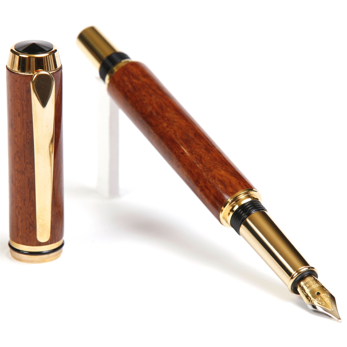 Baron Fountain Pen - Beeswing Narra