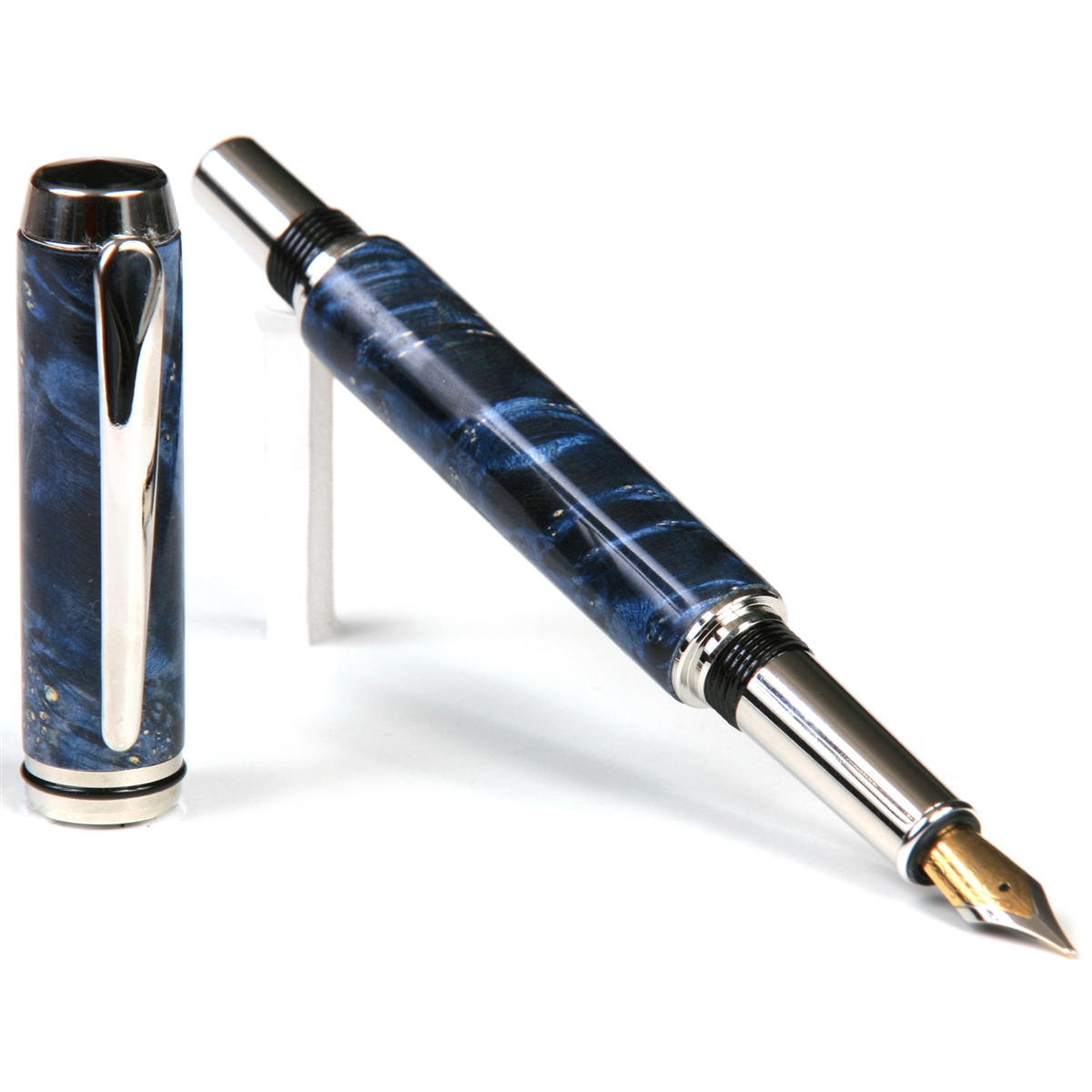 Baron Fountain Pen - Blue Box Elder