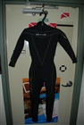 Used Henderson Women's Thermoprene 3mm Wetsuit - Size 4   *Buy at DIVESEEKERS.com 888-SCUBA-47