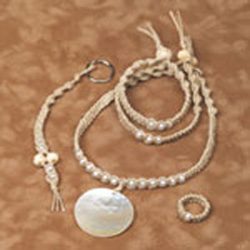 Round Mother of Pearl Hemp Jewelry Kit
