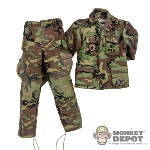 Uniform: DamToys Woodland Camo Battle Dress