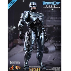 Boxed Figure: Hot Toys RoboCop (901935)