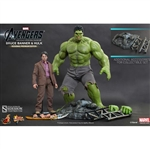 Boxed Figure: Hot Toys Bruce Banner (902165)