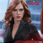 Boxed Figure: Hot Toys Captain America: Civil War - Black Widow (902716)