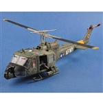 "JSI 1/18 UH-1B Gunship 501st Aviation Battalion ""Firebirds"" (60029)"