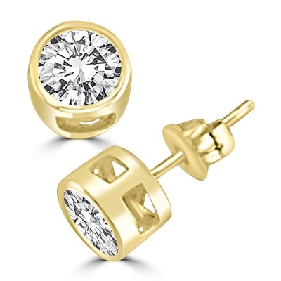 1ct round brilliant Diamond earring in Solid Gold