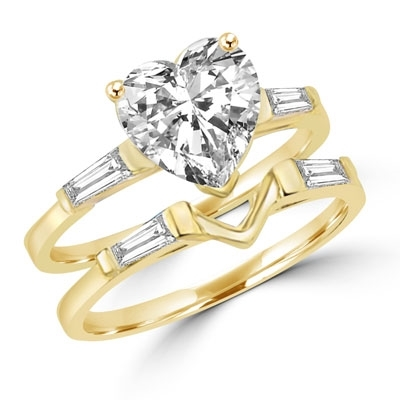 Ring – wedding set heart cut stone and v shaped pair ring