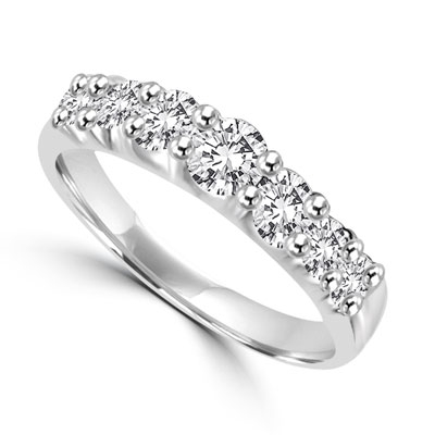 1 ct graduated round diamonds in platinum plated sterling silver rings
