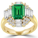 Ring – emerald cut emerald stone, baguettes on 4 sides