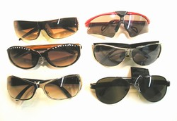 DESIGNER SUNGLASSES 12 COUNT