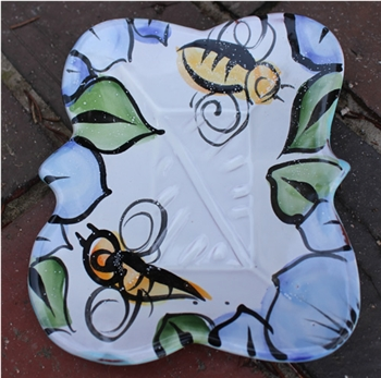 Pottery - Majolica Large Soap Dish - Bee
