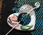 Pottery Shawl pin - Heart - Majolica Cottage Rose and Lace