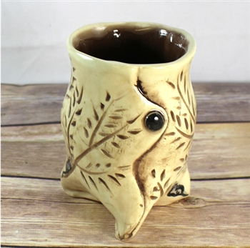Pottery - Tripod Cup - Little Mouse