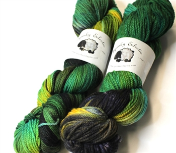 Targhee Classic yarn - Worsted weight - Cat's Eye