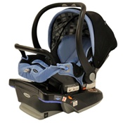 Combi Shuttle 33 infant Car Seat in Indigo