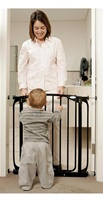 Dream Baby Swing Closed Security Gate - with 2 Free Gate Extensions