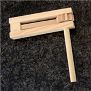 Plain Wooden Gragger for Crafts