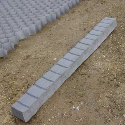 DuPont GroundGrid Ground Stabilization 4 x 25 Small Grid