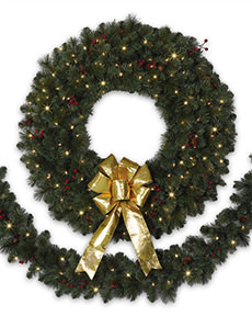 Treetopia - Biltmore Pine Artificial Christmas Wreaths and Garlands #Biltmore #ChristmasWreath
