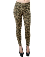 trendy green seamless camo print leggings, festival green seamless camo leggings to where casual legging or party legging, super instyle party leggings, clubbing fashion leggings, camoflauge seamless leggings are instyle, trendy leggings, sex camo legging