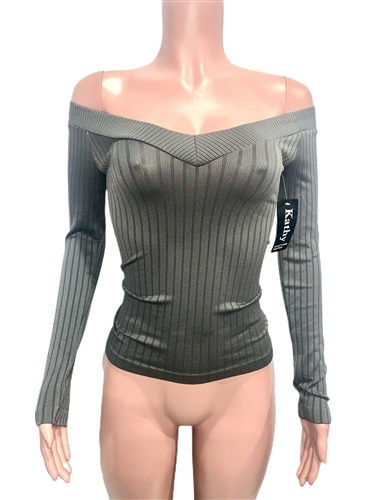 sexy_grey_seamless_cleavage_top