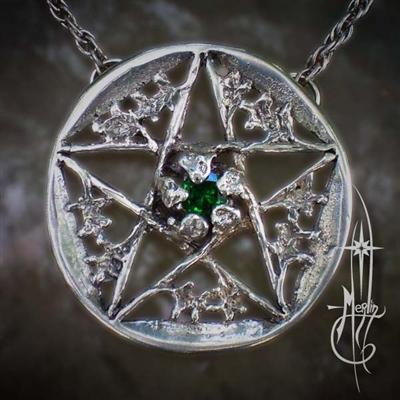 Oak Pentacle with Stone Amulet