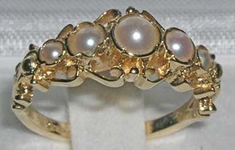 Opulent 9K Yellow Gold Freshwater Cultured Pearl Ring