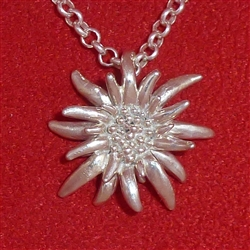 Ladies' Medium Edelweiss Pendant and chain