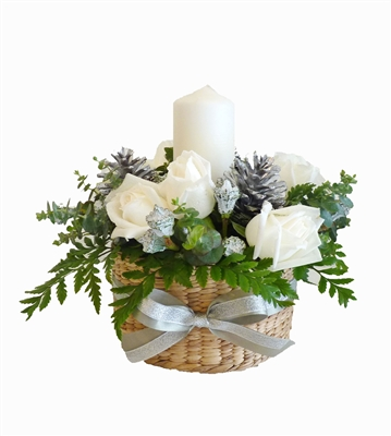 Candle Christmast arrangement in white