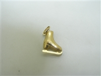 10k yellow gold ice skate shoe pendant