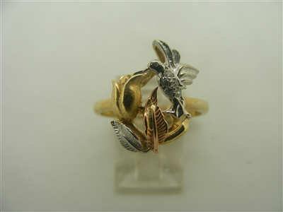 14k 3 tones gold with 2 birds on the ring
