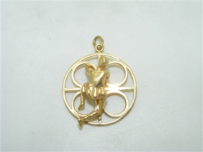 14k yellow gold Climber pendant