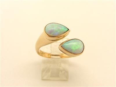 Yellow Gold ring with Opal Stone