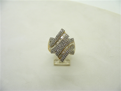 1.5 Carats Yellow Gold ring