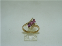 10k yellow gold Ruby ring