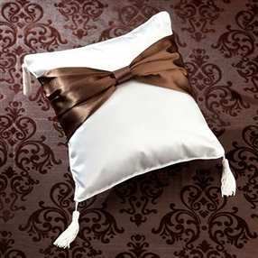 Cream Sash Ring Pillow
