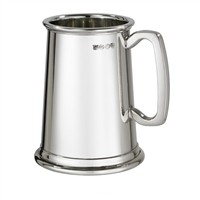The Norfolk Plain English Pewter Pint Tankard with Wooden Presentation Case