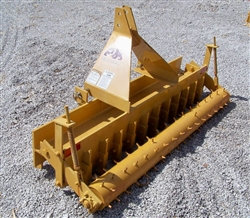 New Dirt Dog Mfg. 5.5 ft.Pulverizer, arena tool
