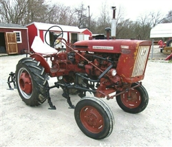 IH 140 Tractor with Cultivators
