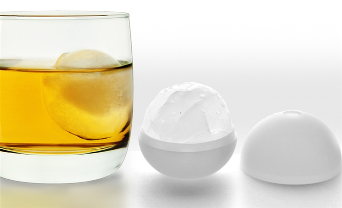 asobu whiskey glass with ice ball mold