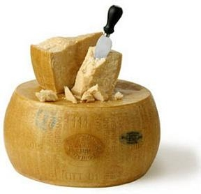 Italian Parmigiano Reggiano Aged 30 months (Approx. 1lb)