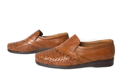 Apache Closed Toe Huaraches - Reddish Brown