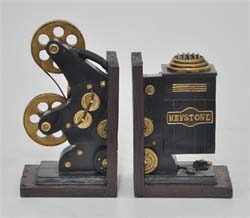 Ennadai Projector Bookend Set