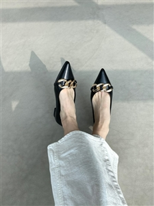 Chain Flats (White/Black) (230~250) (will ship within 1~2 weeks later)