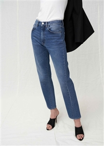 Toteme Style Twisted Jeans (44/55/66) (Light/Dark) (will ship within 1~2 weeks)