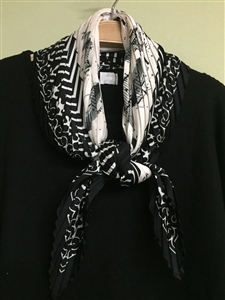 (Pre-Order) Black Flower Pleated Scarf (will ship within 1~2 weeks)