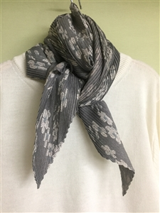 (Pre-Order) Khaki Flower Pleated Scarf (will ship within 1~2 weeks)