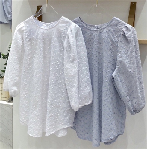 (Pre-Order) Punching Lace Blouse (Ivory/SkyBlue/Beige) (will ship within 1~2 weeks)